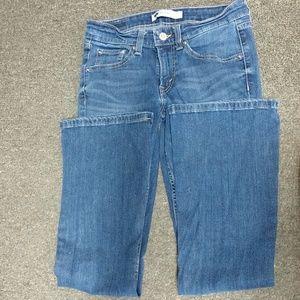 """Levi's Jeans - 26""""x32"""" Levi's Boot Cut jeans."""